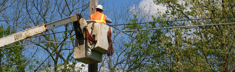 uci aerial worker in bucket